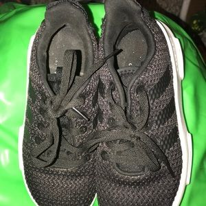 Kids Adidas cloudfoam sneakers